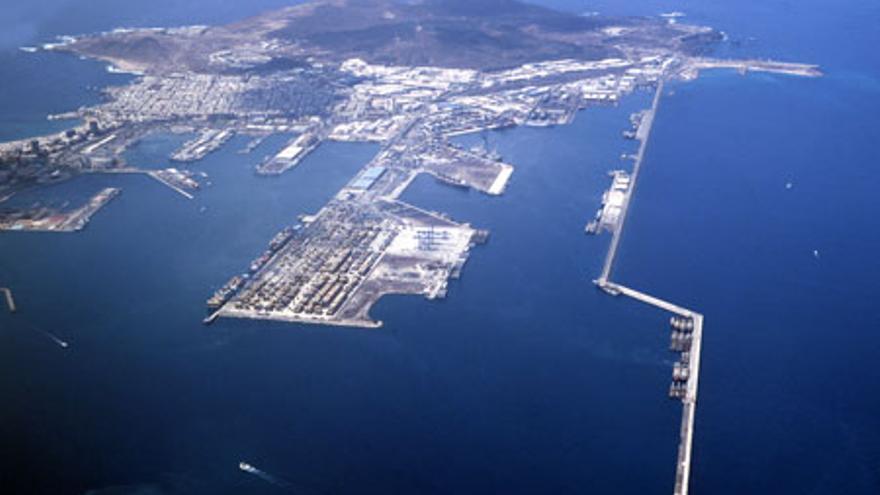 Vista aérea del Puerto de La Luz y de Las Palmas. Foto: Autoridad Portuaria de Las Palmas.