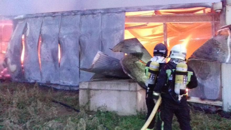 Un incendio en una quesería de Getaria (Gipuzkoa) causa la muerte de 15 ovejas y la pérdida de miles de kilos de queso
