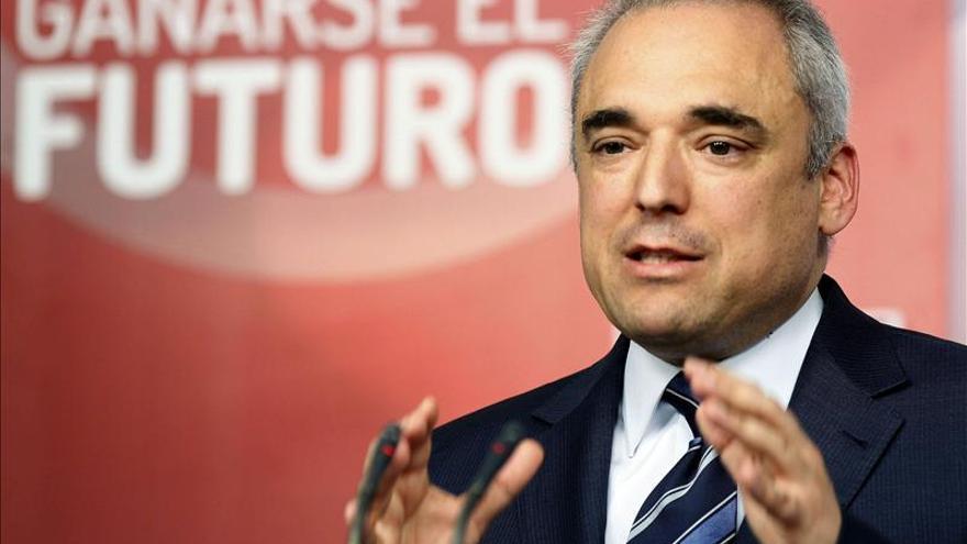 Simancas defiende que los candidatos autonómicos vayan a primarias abiertas