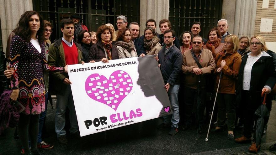 """Acto de Mujeres en Igualdad y el PP por el 25N con llamamiento a """"gritar basta ya"""""""