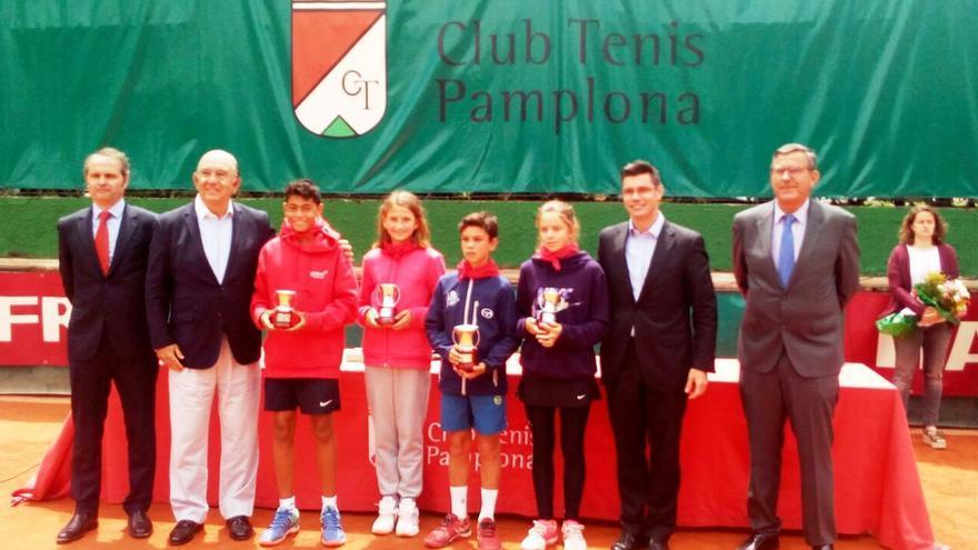 Foto de familia del Campeonato de España alevín de tenis, donde ha destacado la representación andaluza