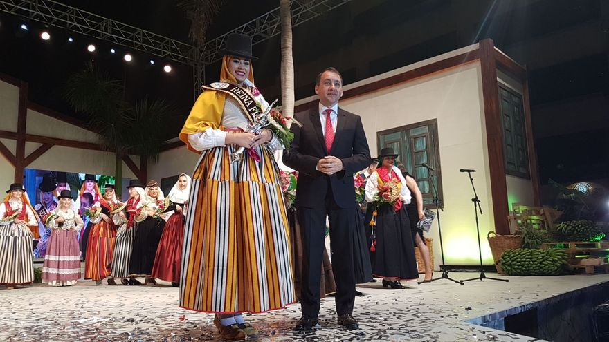 Cristina Yanes Jorge, la reina elegida este viernes, en Santa Cruz