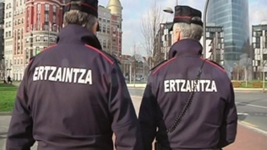 Seguridad prevé convocar en el primer trimestre de 2014 una nueva promoción de agentes de la Ertzaintza