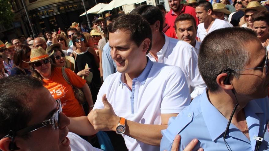 Rivera condiciona el apoyo a un futuro gobierno a un pacto nacional por la educación