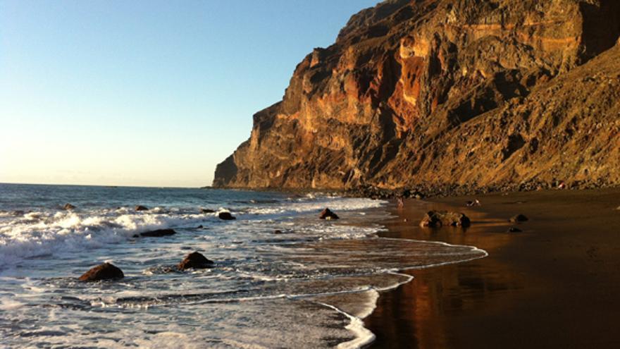 Playa de Inglés, Valle Gran Rey   Foto: Turismo de Canarias