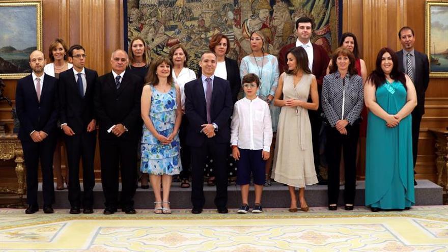 La Reina muestra su apoyo a la ONCE y a los afectados por el síndrome de Asperger