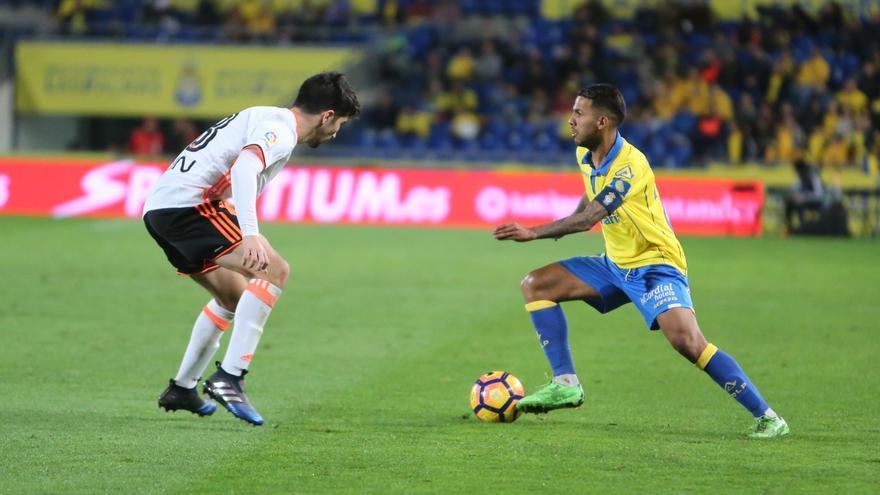 Imagen del encuentro entre la UD Las Palmas y el Valencia CF. Alejandro Ramos.