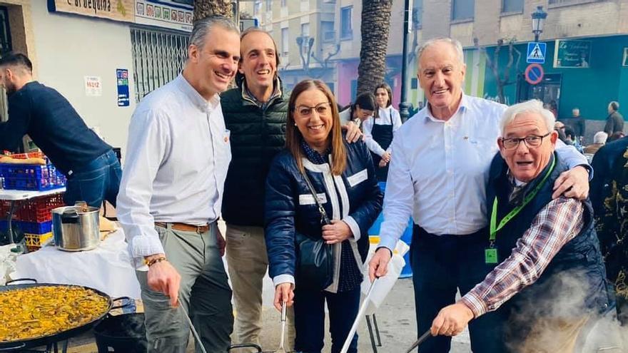 De izquierda a derecha, el secretario general de Vox, Javier Ortega Smith; la diputada autonómica Llanos Massó; el diputado y ex general Alberto Asarta, y el dimitido edil de Benicàssim, José Carlos García Sampayo.