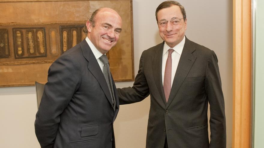 Draghi ganó 401.400 euros como presidente del BCE en 2018 y Guindos 200.704 como vicepresidente