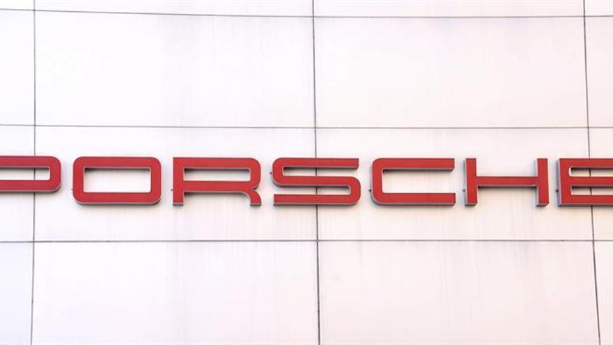 Porsche renueva a su director de Finanzas y Tecnología de la Información