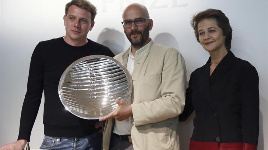 Charlotte Rampling amadrina el primer Loewe Foundation Craft Prize
