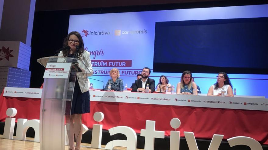 Mónica Oltra durante su discurso en el congreso de Iniciativa del Poble Valencià.