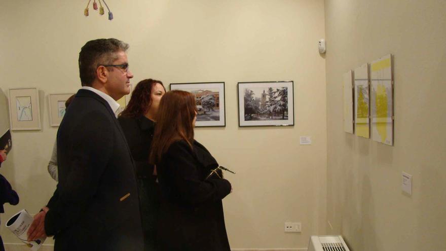 Público en la exposición