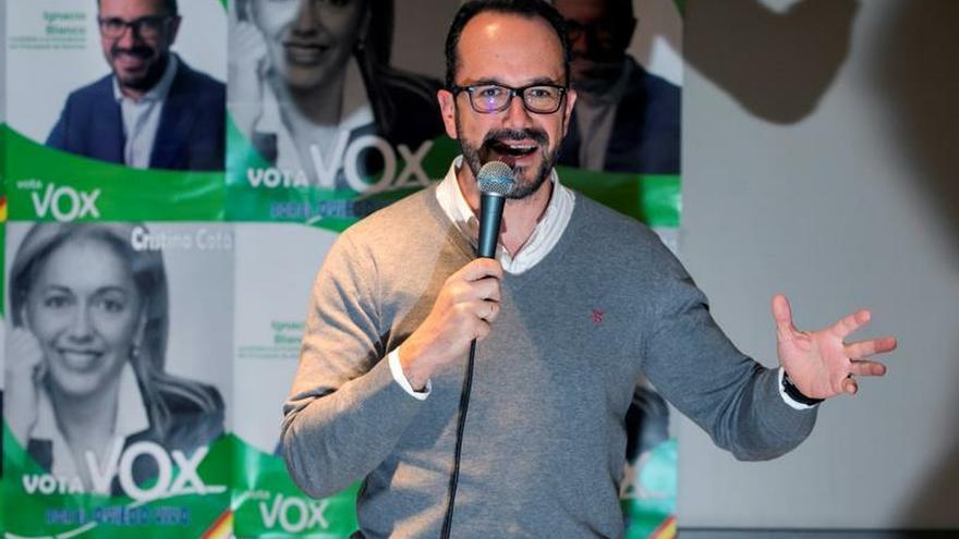 El portavoz de Vox en el parlamento asturiano deja la dirección del partido