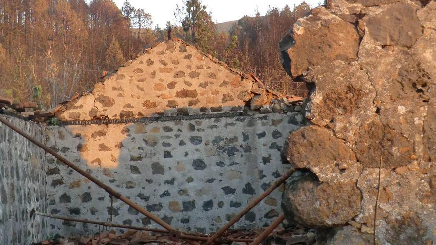 La casa dónde según la tradición vivía Ana González y su familia en el año 2012 se vio afectada por un incendio forestal.