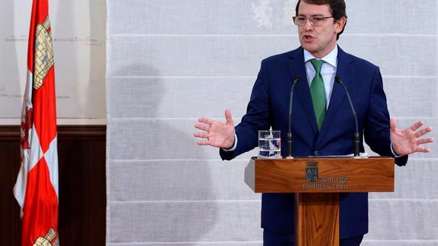 Mañueco mantiene al consejero cuestionado por Cs por el caso Enredadera