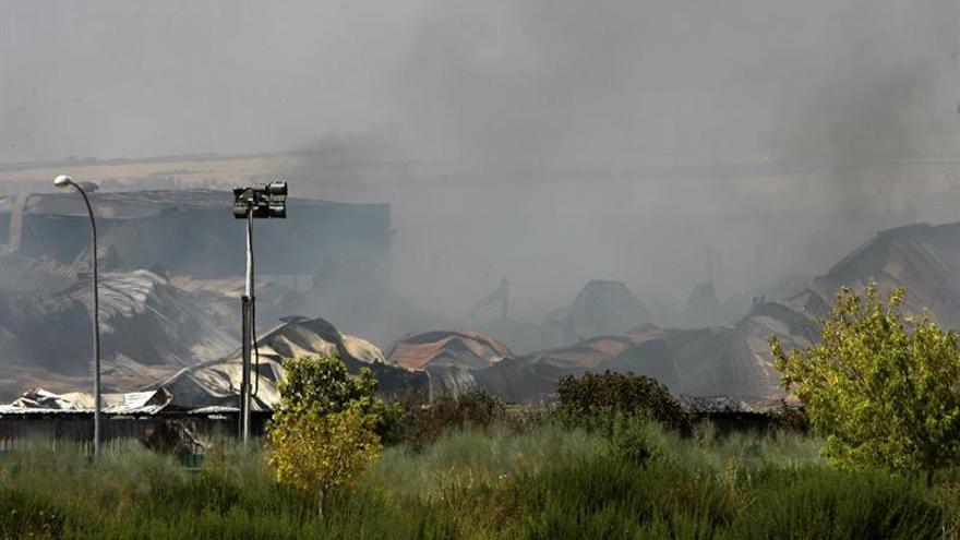 Se logran avances en el incendio de Chiloeches pero no se da por extinguido