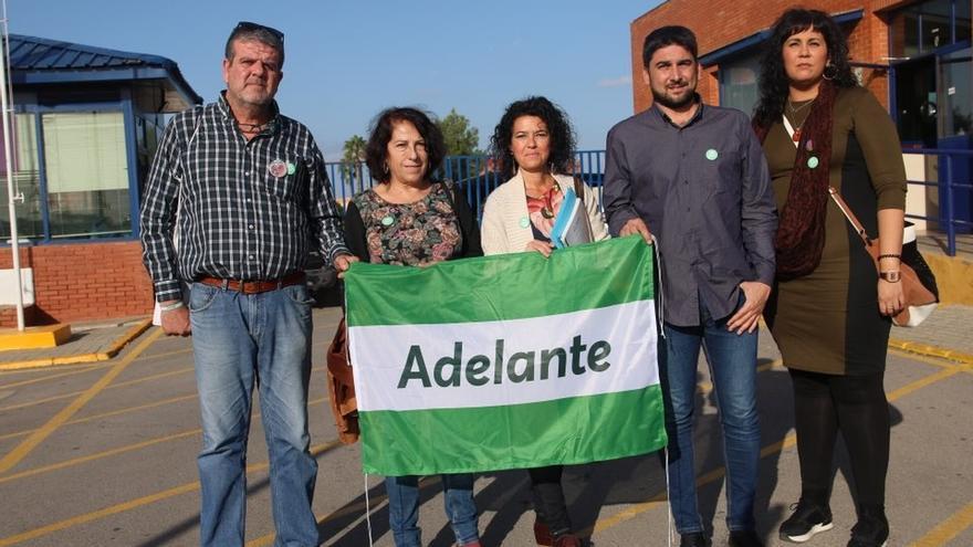Adelante Andalucía comparte su programa electoral con los reclusos en una visita a Sevilla I
