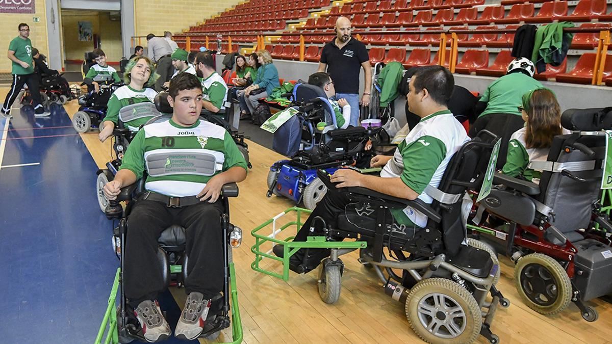 Jugadores de Los Atómicos durante un torneo en Vista Alegre