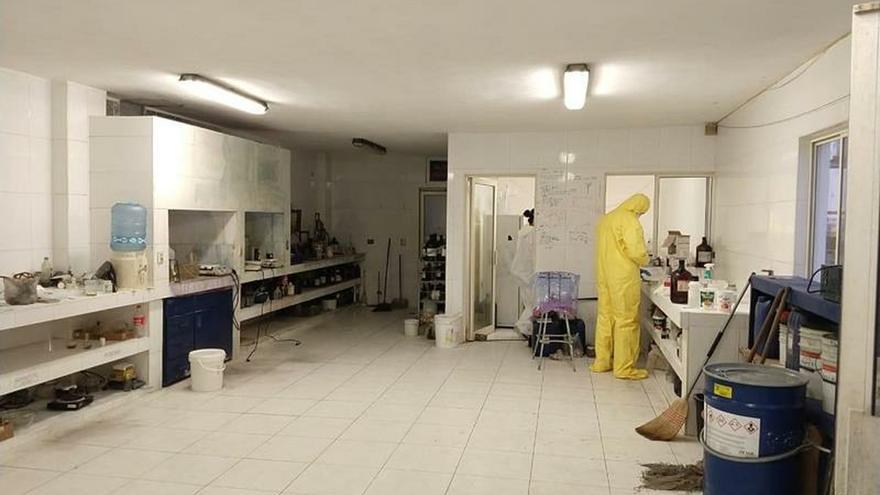 Fiscalía de México asegura laboratorio para fabricar fentanilo en Nuevo León