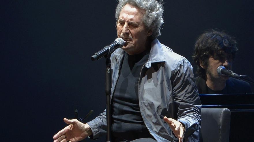 Un público enloquecido celebra el regreso a los escenarios de Miguel Ríos