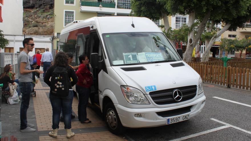 Candelaria exige al cabildo que cumpla con sus compromisos - Transporte tenerife ...