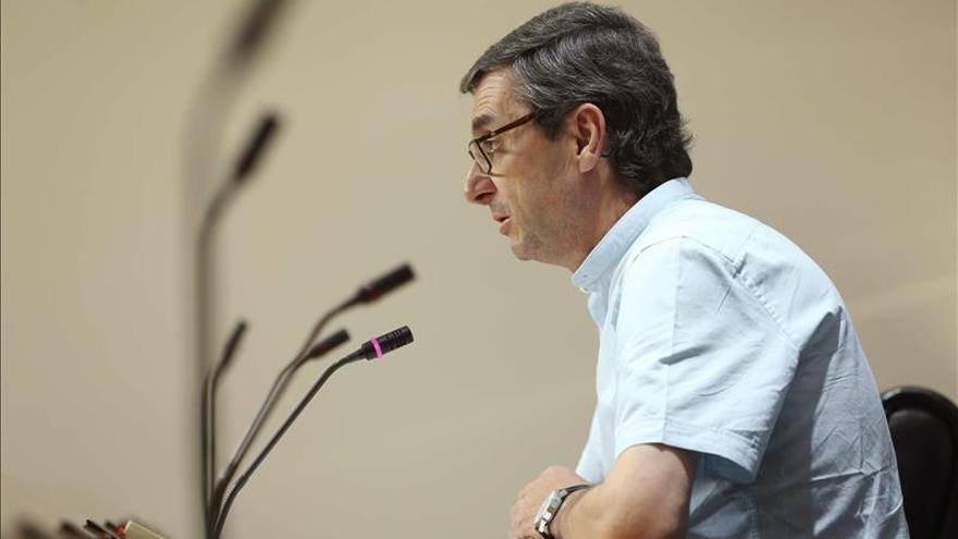 IU aclara que no ha echado a exdirigentes de Madrid sino que no se han reafiliado