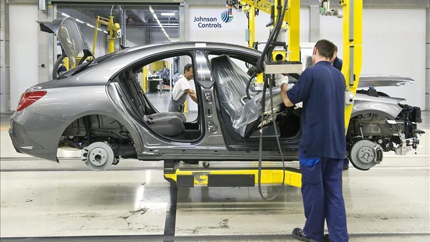 Mercedes anuncia el despido de 500 trabajadores en Brasil por caída de ventas