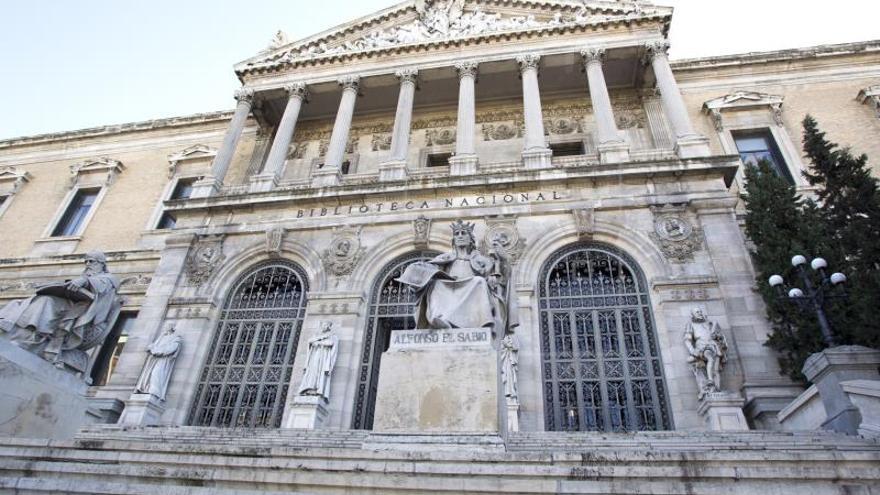 La BNE dedica a Carmen Bravo-Villasante una muestra bibliográfica