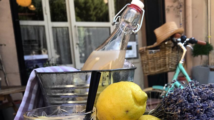 Limonada de lavanda elaborada por La Celestina (Brihuega)