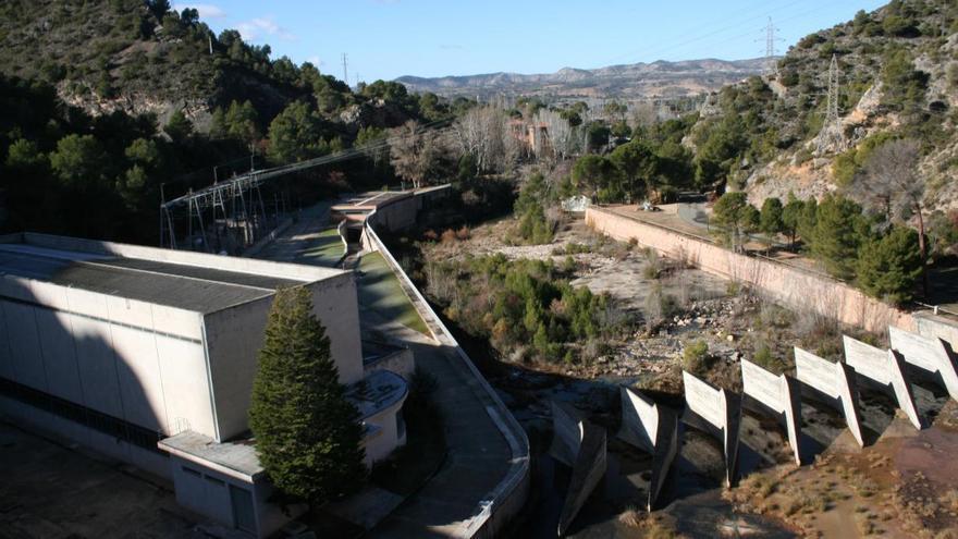 """Castilla-La Mancha acusa a Pedro Sánchez de """"frustrar"""" su propio compromiso contra el """"expolio"""" del Tajo"""