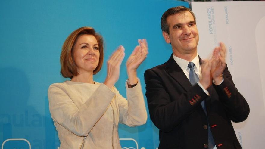 María Dolores de Cospedal y Antonio Román