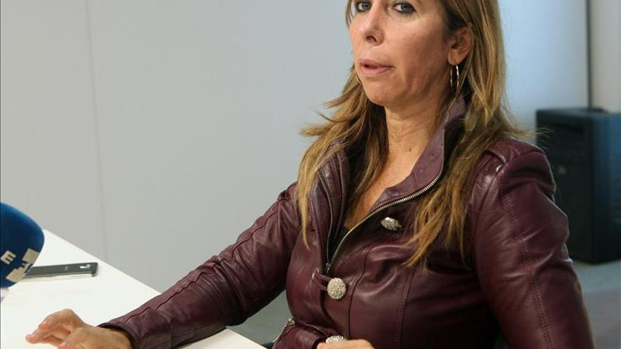 """Camacho insta a Mas a no estar """"delante o detrás"""" de 9N y dejarlo a entidades"""