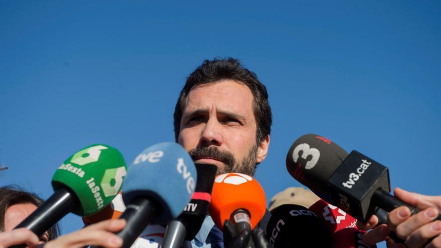 Salida del presidente del Parlament de Catalunya, Roger Torrent, atiende a los medios de comunicación tras salir de la prisión de Alcalá Meco.