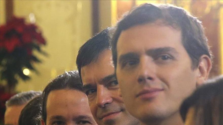 Rivera: En momento de jaque a la democracia en Cataluña, hay que estar juntos