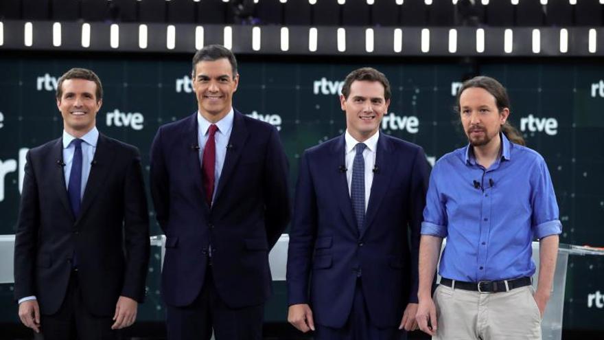 Casado, Sánchez, Rivera e Iglesias en el debate de RTVE antes del 28A.