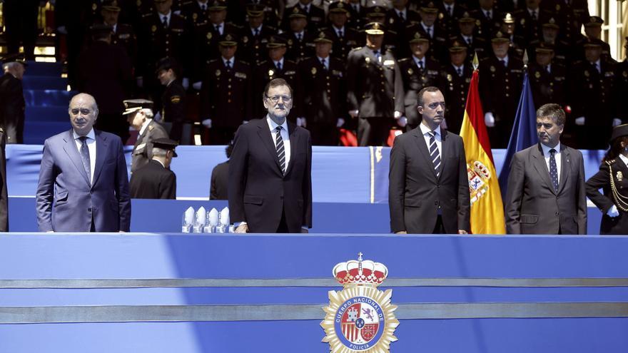 El exministro del Interior, Jorge Fernández Díaz, el expresidente Rajoy, el exsecretario de Estado de Seguridad, Francisco Martínez, y el exdirector de la Policía, Ignacio Cosidó, en una imagen de archivo.