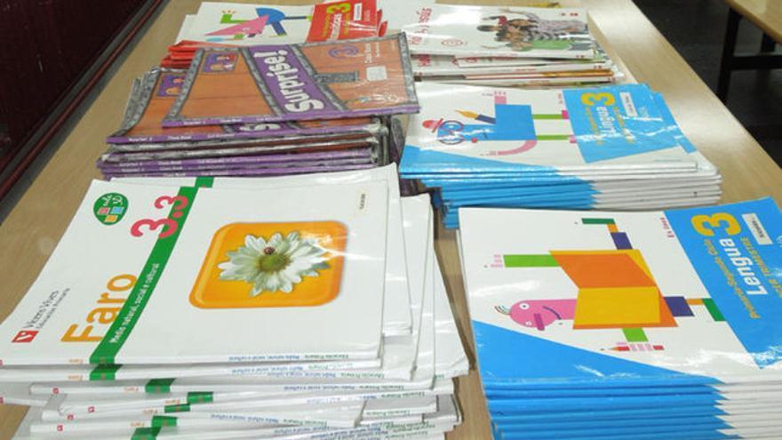 Libros de texto para los colegios