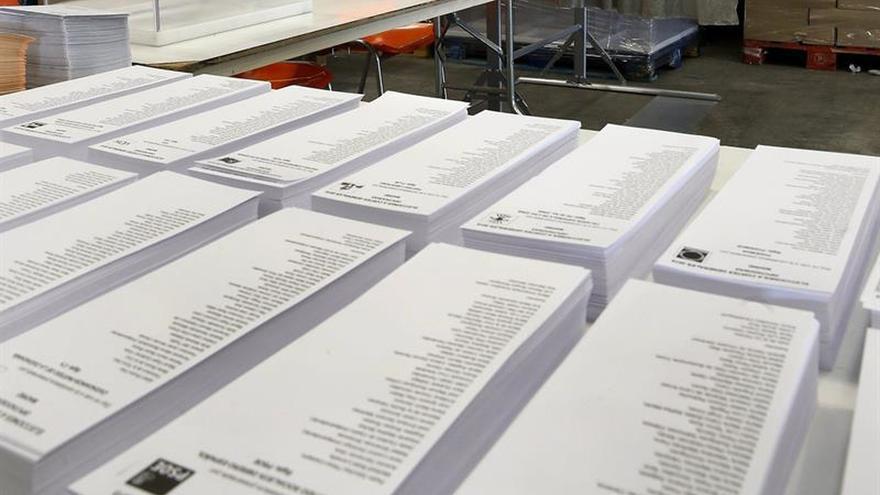 Los partidos se sientan hoy para intentar recortar los gastos de campaña