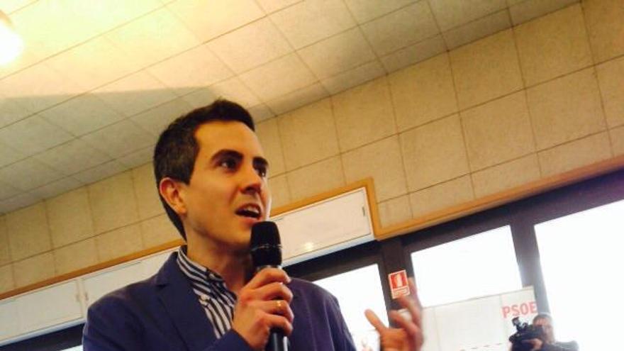 Pablo Zuloaga, secretario general del PSOE y candidato a la Alcaldía de Santa Cruz de Bezana.
