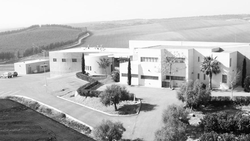 La sede central de la empresa Labs & Technological Services AGQ se encuentra en Burguillos
