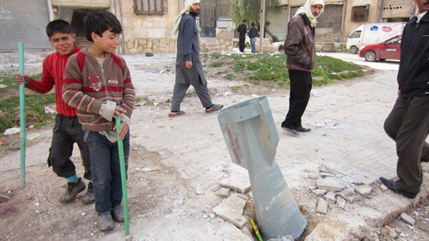 Una de las nueve bombas de racismo fabricadas en Rusia lanzadas por las fuerzas gubernamentales sirias en Alepo el 1 de marzo de 2013. © Amnistía Internacional
