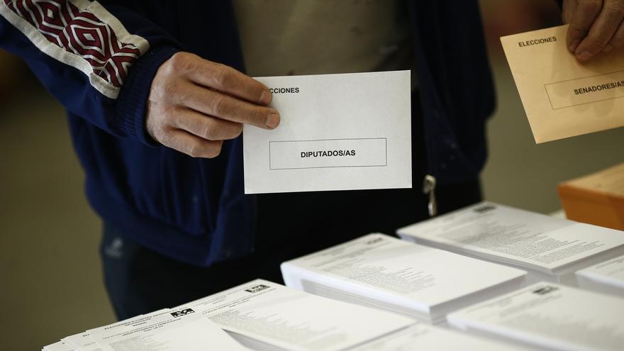 Los votos en blanco superan los 216.000, la cifra más alta desde 2011