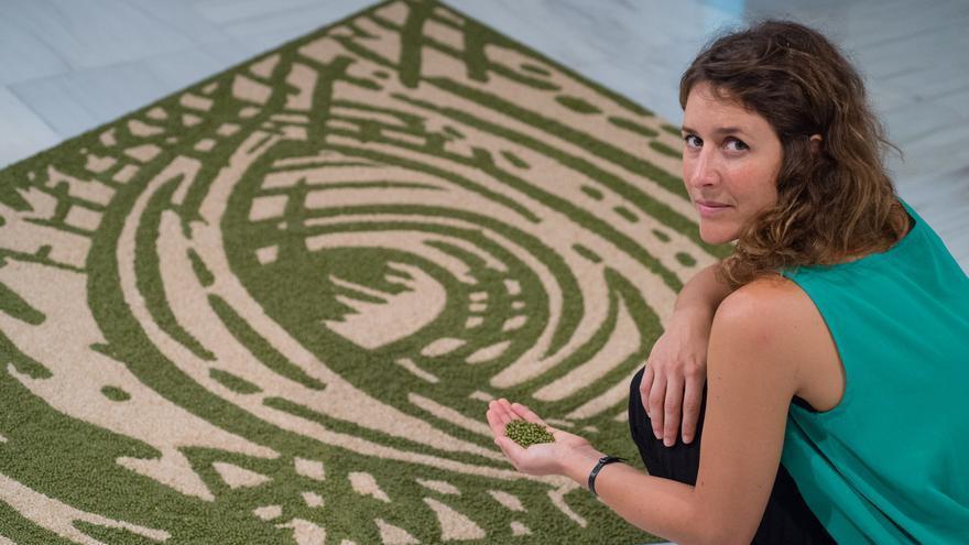 Luna Bengoechea en la presentación de su exposición en el CAAM