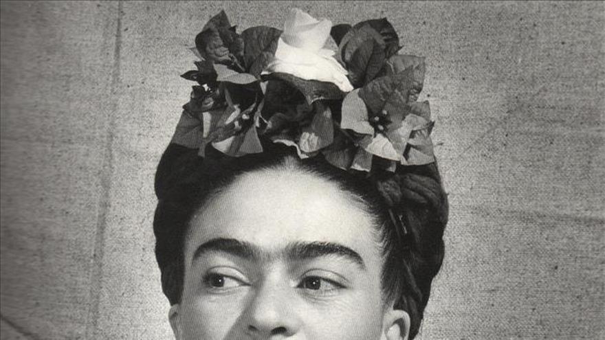 Fotografías originales sobre Frida Kahlo, en una exposición en Portugal