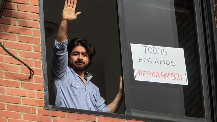 """Se mantiene la revuelta de """"presos políticos"""" en Caracas y piden ayuda a la Iglesia"""