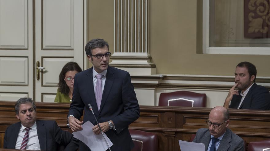 Zacarías Gómez, diputado regional del PP por La Palma, en el Parlamento de Canarias.