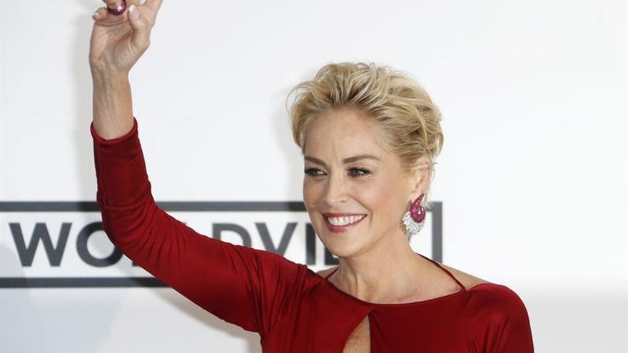 Sharon Stone vuelve tras su aneurisma cerebral, agradecida de poder envejecer