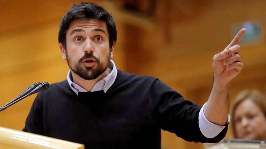Espinar formaliza su renuncia como diputado en la Asamblea de Madrid