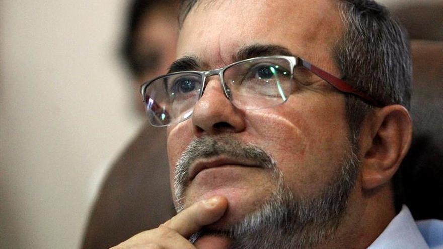 Timochenko asegura que las FARC tiene 900 escondites de armas listos para recoger